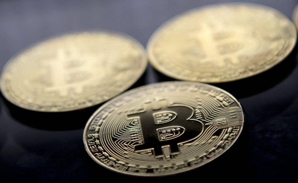 Perdió hasta el 30 por ciento de su valor: así fue la aparatosa caída del bitcóin