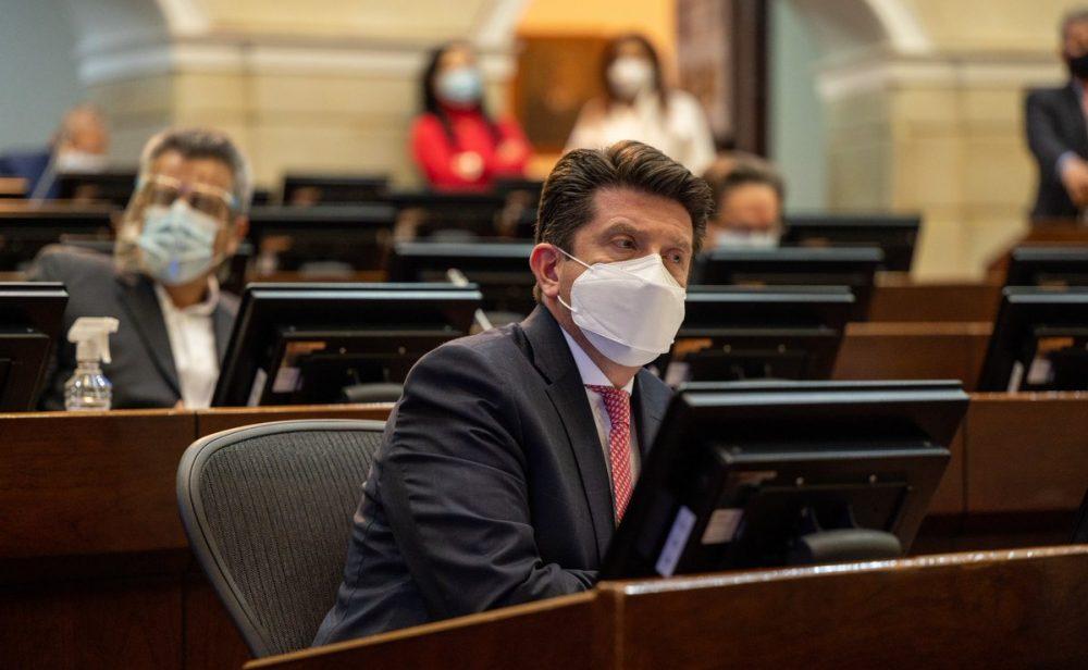 Diego Molano enfrenta segundo debate de moción de censura con todo a su favor