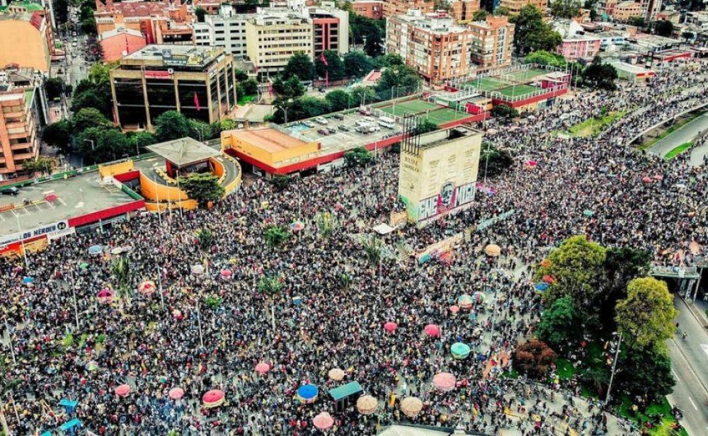 Una multitud en Bogotá demuestra que el paro sigue teniendo mucha fuerza