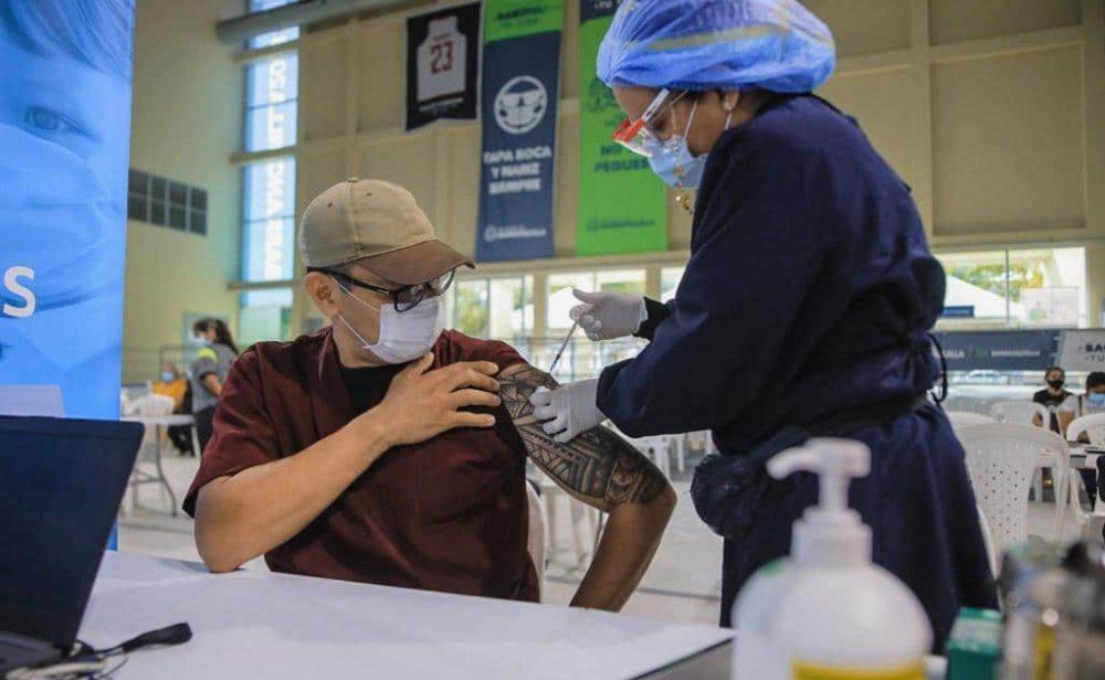 Vacunación se acelera y en 302 días Colombia llegaría a la inmunidad de rebaño