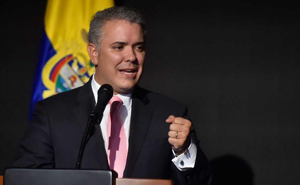 Cuando Duque criticaba al gobierno de Santos por la calificación de Standard & Poor's