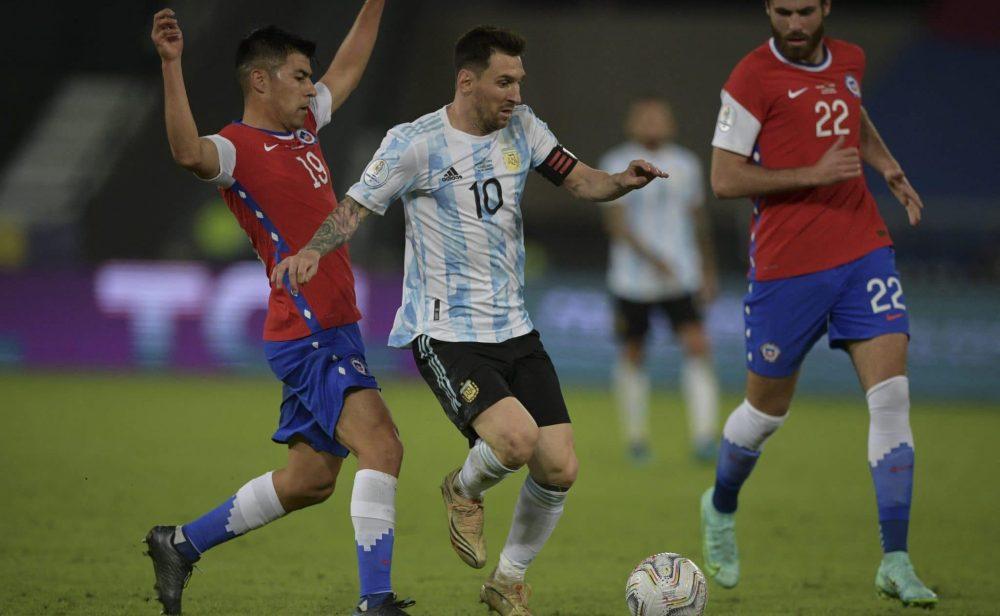 Argentina y Chile se reparten puntos en el debut de Messi en la Copa América