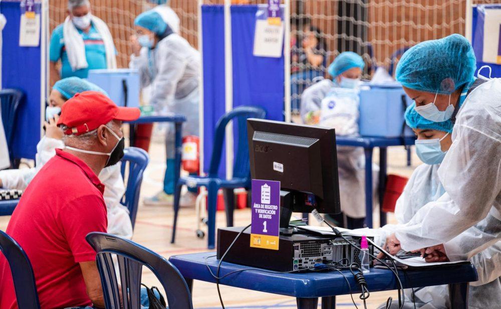 ¿Hay cepa colombiana del coronavirus? En España creen que sí y acá la niegan