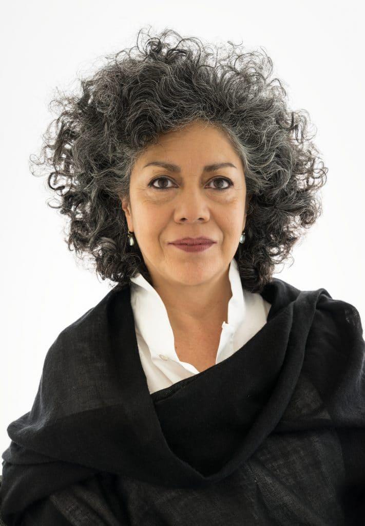 Vidas robadas homenaje de Doris Salcedo