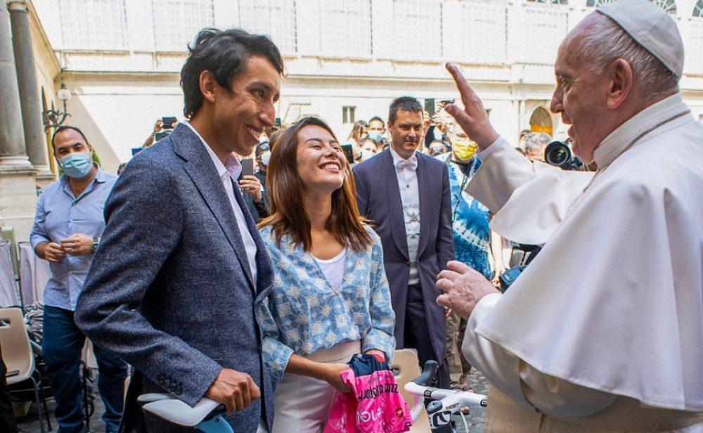 """""""Un regalo de todos los colombianos, que en estos momentos necesitan su bendición"""", Egan al papa Francisco"""