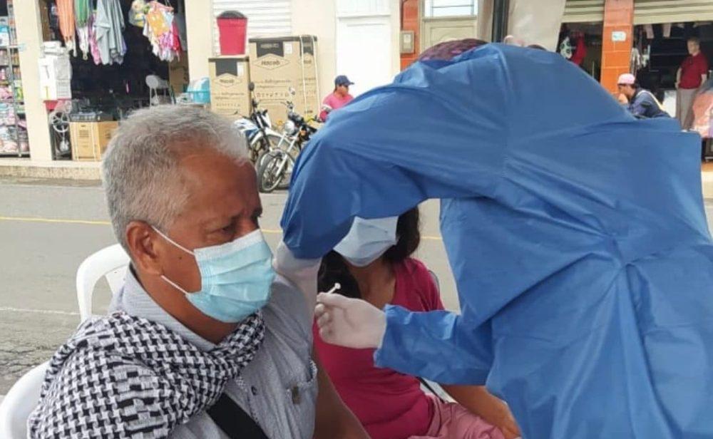 Vacunación masiva desde julio, la nueva meta del Gobierno