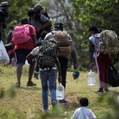 Crisis humanitaria en Colombia, van más de 75.500 desplazados y confinados en 2021