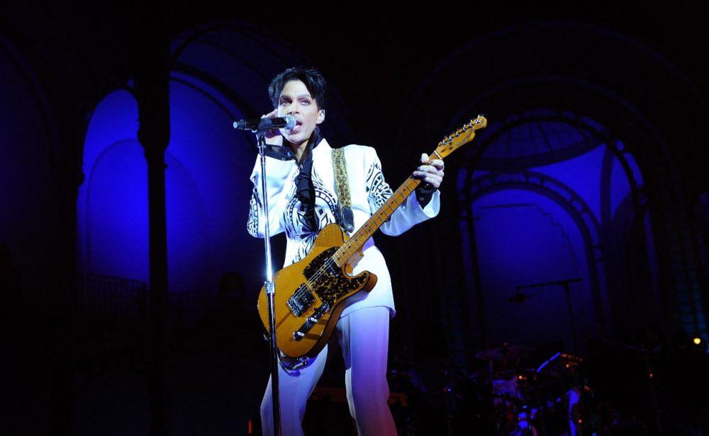 Este viernes se publica 'Welcome 2 America', el álbum póstumo en el que Prince predijo el futuro