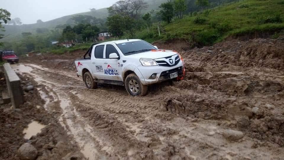 La camioneta de la comisión fue abandonada cerca a San Vicente del Caguán