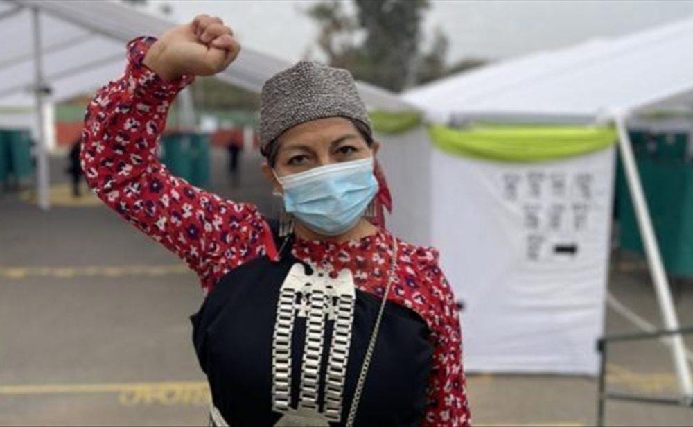 Elisa Loncón, la lideresa indígena mapuche que preside proceso constituyente en Chile