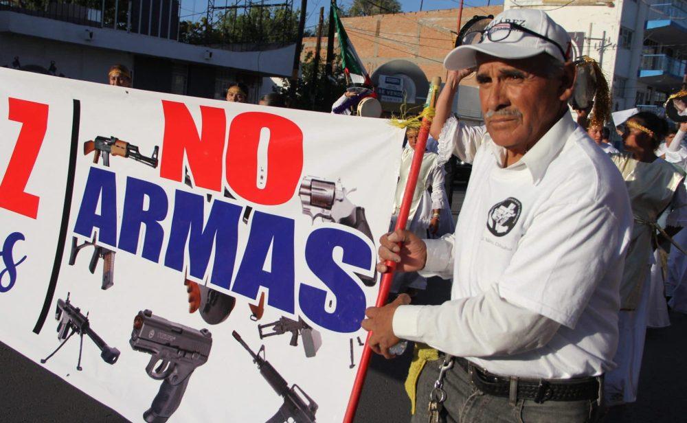 México demanda a fabricantes de armas estadounidenses por alentar contrabando y narcotráfico