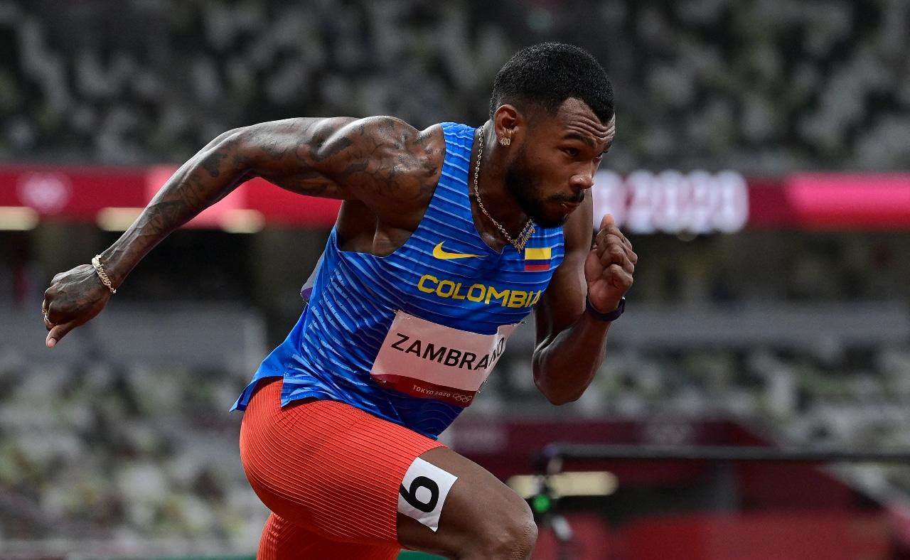 Anthony Zambrano, atleta colombiano en la final de los 400 metros planos olímpicos.