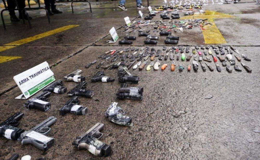 La papa caliente de regular las armas traumáticas en Colombia