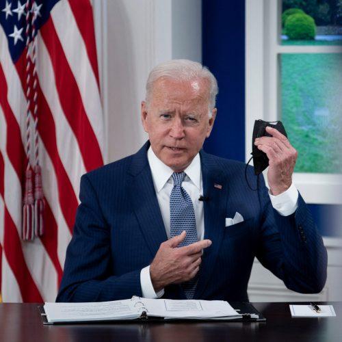 """El """"inicio del fin de la pandemia"""": Joe Biden promete donar 500 millones de vacunas a los países más pobres"""