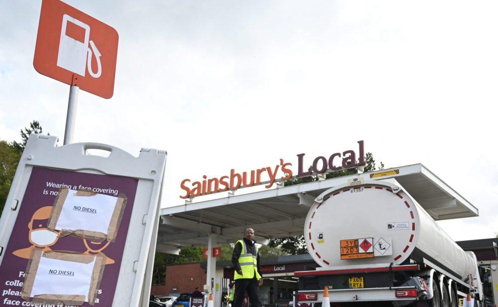 Escasez de camioneros, combustible y alimentos en Reino Unido por culpa del 'brexit'