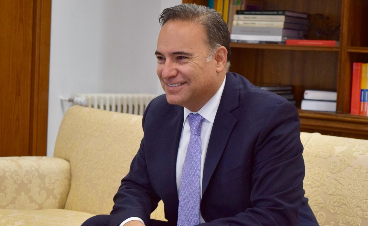 Luis Guillermo Plata, embajador de Colombia en España, La injusticia de la neutralidad