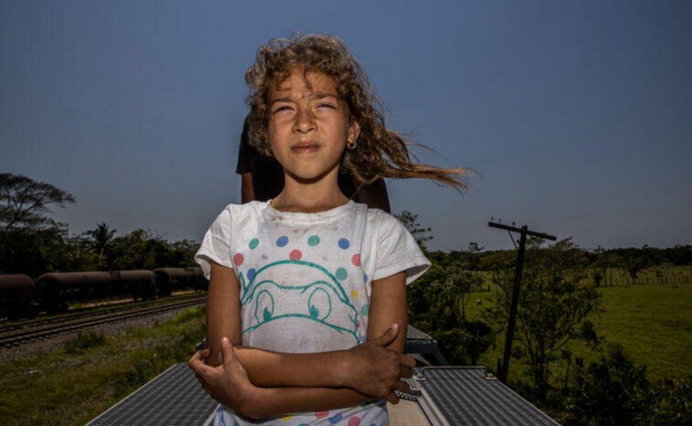 Yael Martínez, el fotógrafo que registra a los migrantes y los desaparecidos en Centroamérica