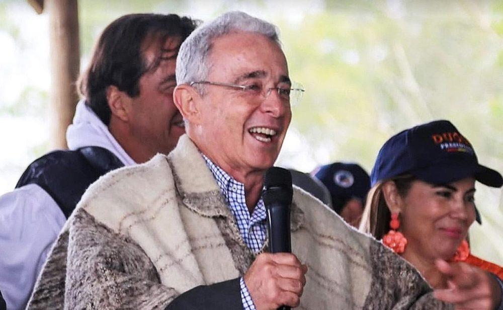 El interés por el caso de Uribe se está enfriando