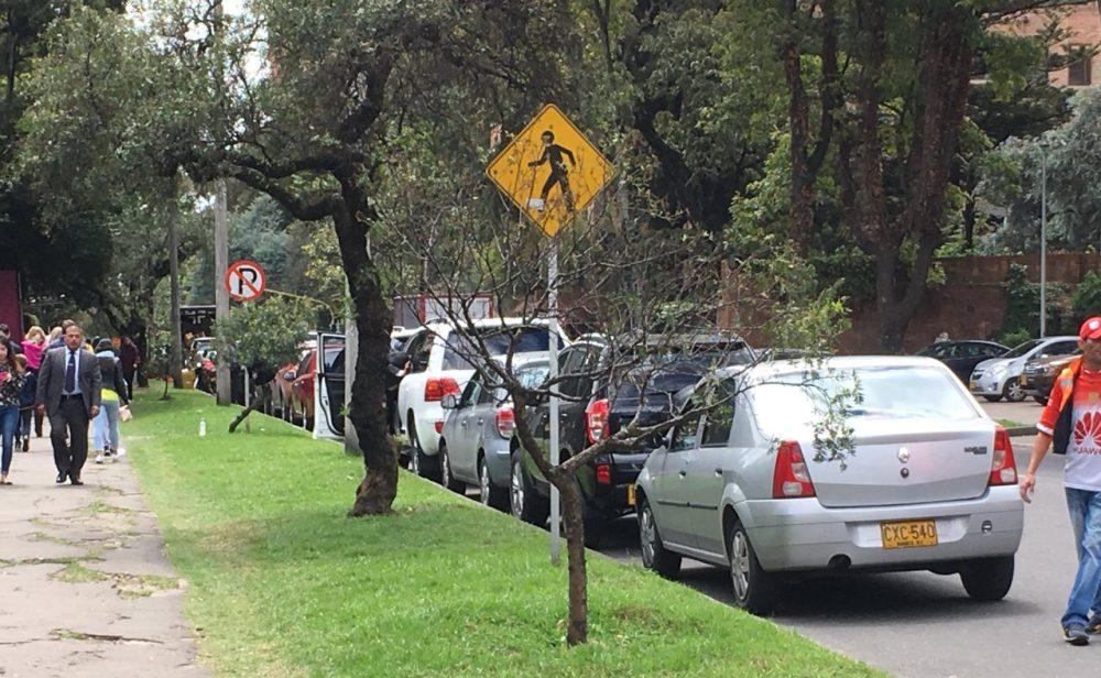 Las dudas que deja el cobro por parquear en las calles de Bogotá